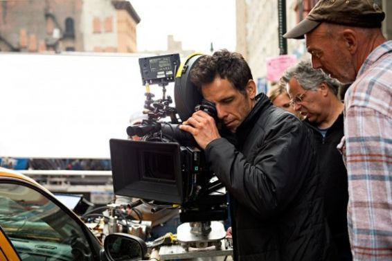 the-secret-life-of-walter-mitty-set-photo-ben-stiller-600x400